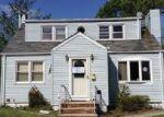 Foreclosed Home en SADOWSKI DR, Old Bridge, NJ - 08857