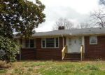 Foreclosed Home en FIVE FORKS RD, Simpsonville, SC - 29681