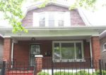 Foreclosed Home en S COLFAX AVE, Chicago, IL - 60617