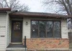 Foreclosed Home en RAINBOW DR, Cedar Falls, IA - 50613