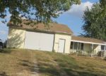Foreclosed Home en EHRHARDT RD, Payson, IL - 62360