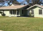 Foreclosed Home en BRATCHER ST, Fort Worth, TX - 76119
