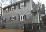 Foreclosed Home en RIDGEWAY DR, Warren, RI - 02885