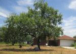 Foreclosed Home en SHEFFIELD RD, Seguin, TX - 78155