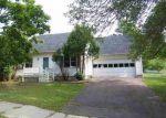 Foreclosed Home en PINE GROVE TER, Winooski, VT - 05404