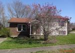 Foreclosed Home en WINTERGREEN DR, Radcliff, KY - 40160