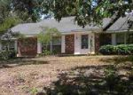 Foreclosed Home en ROBINWOOD ST, Hot Springs National Park, AR - 71901