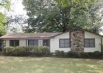 Foreclosed Home en KEMMONS DR, Jackson, TN - 38305