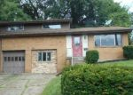 Foreclosed Home en LEBEAU PIKE, Pittsburgh, PA - 15221