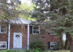 Foreclosed Home en LINDENDALE RD, Woodbridge, VA - 22193