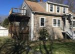 Foreclosed Home en DORR ST, Bradford, RI - 02808