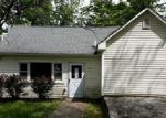 Foreclosed Home en FEATHERBED LN, Flemington, NJ - 08822