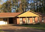 Foreclosed Home in VILLA DR, Jackson, TN - 38301