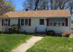 Foreclosed Home en KATHRINE DR, Hamden, CT - 06514