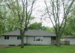 Foreclosed Home en DENNHARDT RD, East Moline, IL - 61244