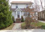 Foreclosed Home en BALTIMORE AVE, Roselle, NJ - 07203