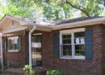 Foreclosed Home en LAKE ACWORTH DR NW, Acworth, GA - 30101