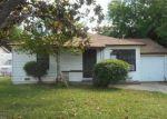 Foreclosed Home en 23RD AVE, Sacramento, CA - 95820