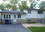 Foreclosed Home en ELIZABETH LN, Des Plaines, IL - 60018