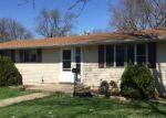 Foreclosed Home en W LINCOLN ST, Paris, IL - 61944