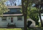 Foreclosed Home en W ACRE AVE, Franklin, WI - 53132