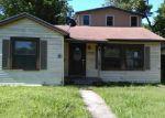 Foreclosed Home en E WARREN AVE, Victoria, TX - 77901