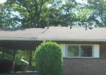 Foreclosed Home en MOOREWOOD DR, Zanesville, OH - 43701