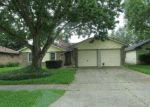 Foreclosed Home en PICKETT DR, League City, TX - 77573