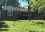 Foreclosed Home en PRAIRIE AVE, Waukegan, IL - 60085