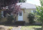 Foreclosed Home en S LAWRENCE ST, Tacoma, WA - 98409