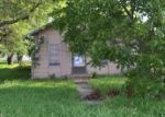 Foreclosed Home en HERITAGE PKWY, West, TX - 76691