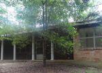 Foreclosed Home en IVANHOE ESTATES DR, Woodville, TX - 75979