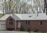 Foreclosed Home en SPRING CT, Bushkill, PA - 18324