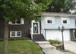 Foreclosed Home en ELMWOOD DR, Belvidere, IL - 61008