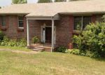 Foreclosed Home en PINECREST DR, Copperhill, TN - 37317