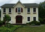 Foreclosed Home en CRANDALL RD, Tiverton, RI - 02878