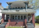 Foreclosed Home en FAIRPORT AVE, Cleveland, OH - 44108