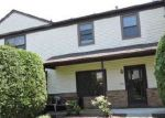 Foreclosed Home en THOMAS AVE, North Brunswick, NJ - 08902