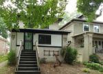 Foreclosed Home en S TAYLOR AVE, Oak Park, IL - 60304