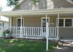 Foreclosed Home en W MAIN ST, Thayer, IL - 62689