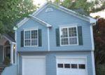 Foreclosed Home en SWEET WOODS DR, Lawrenceville, GA - 30044