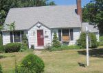 Foreclosed Home en WILDER ST, Watertown, CT - 06795
