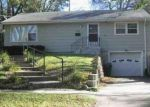 Foreclosed Home in DOUGLAS ST, Sioux City, IA - 51104