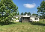 Foreclosed Home en E PERSIMMON DR, Palmyra, IN - 47164