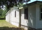 Foreclosed Home en WILDERNESS RD, Eastpoint, FL - 32328