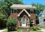 Foreclosed Home en PLAINFIELD RD, Cleveland, OH - 44121