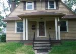 Foreclosed Home en ROSEMOND RD, Cleveland, OH - 44121