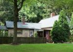 Foreclosed Home en W MAITLAND LN, New Castle, PA - 16105