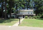 Foreclosed Home en BEL AIR DR, Texarkana, TX - 75503