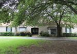 Foreclosed Home en ROBINHOOD LN, Lufkin, TX - 75904